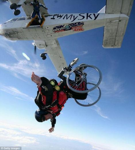 wheelchair-skydive1